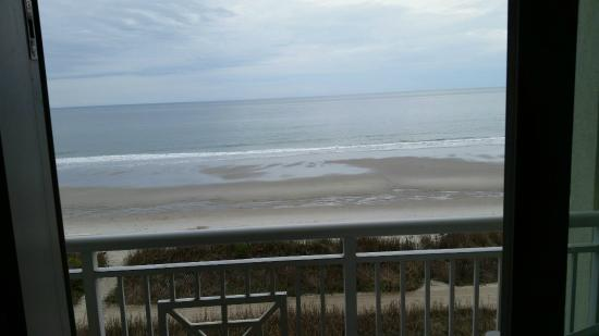 BEST WESTERN PLUS Grand Strand Inn & Suites: View off our balcony...