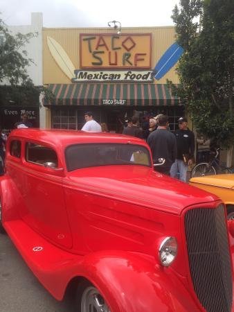 Taco Surf: Classic car show & great food!