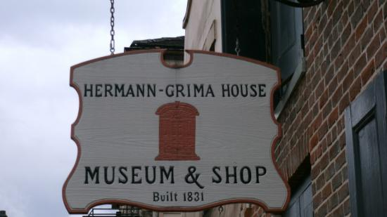 Hermann-Grima House: Sign