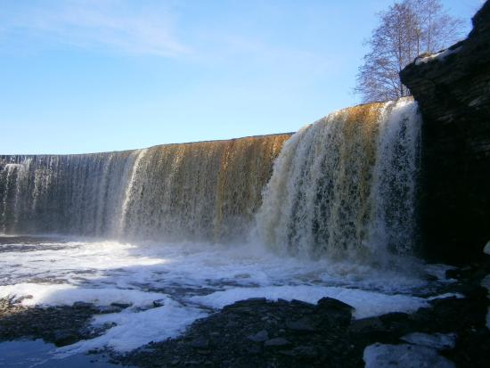 Jagala Waterfall: Jägala juga