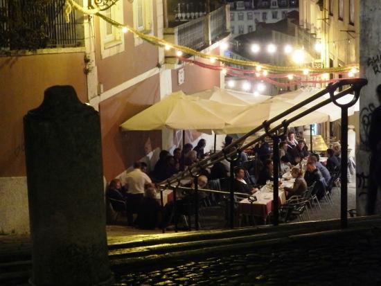 Solar Terrasse la terrasse le soir picture of restaurante solar do duque lisbon