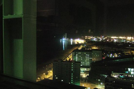 Vista a la izquierda noche fotograf a de hotel arts for Noche hotel barcelona
