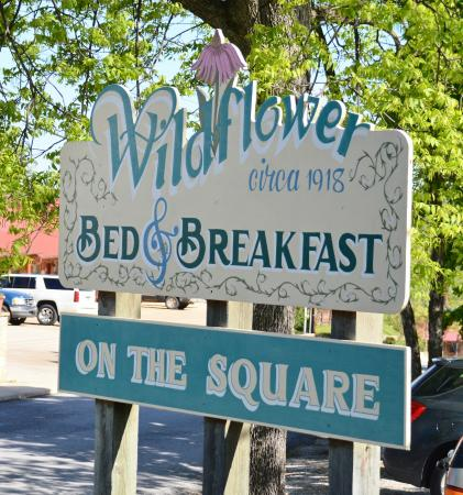 Wildflower Bed and Breakfast-On the Square: B&B Sign