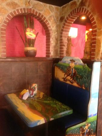 La  Tolteca: Main (front) Dining Room