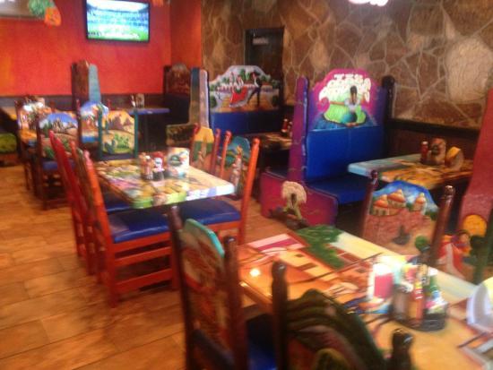 La  Tolteca: Back dining room