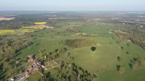 Dogmersfield, UK: up up and away