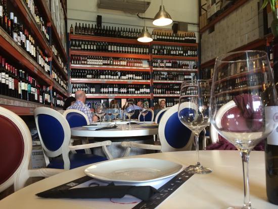 Taverna Enovin Photo