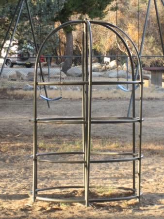 Tillie Creek Campground: Monkey bars