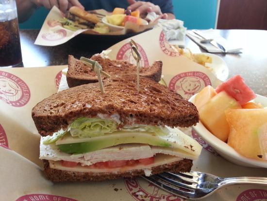 Twohey's Restaurant: The Huntington