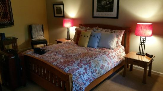 Red Tail Ranch : Room