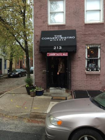 The Corner Bistro and Wine Bar: Corner Bistro and Wine Bar