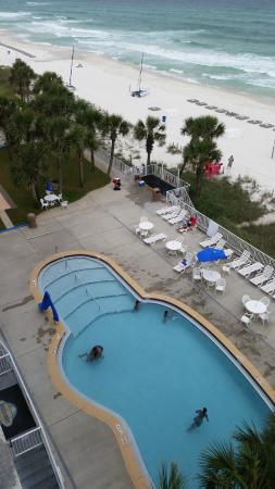 Beachcomber By The Sea: view looking down from our 6th floor room