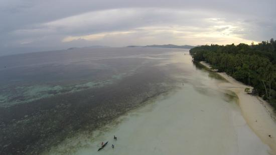 West Papua, Endonezya: Pantai Saleo Raja Ampat