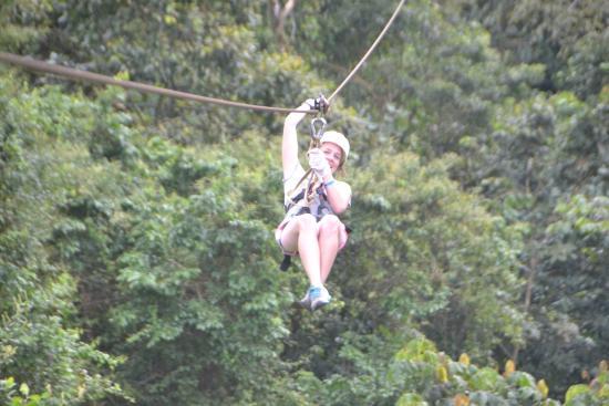 Go Adventures Traveling Costa Rica: Zipline