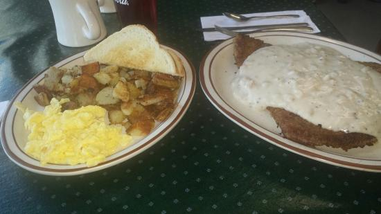 North Powder, OR: Chicken fried steak so big it comes on its own plater