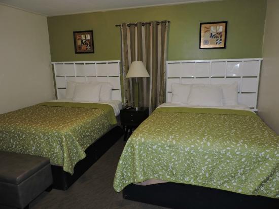 Sunset Motel : Room 9