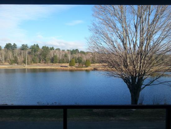 Pinestone Resort and Conference Centre: Breathtaking view from our room