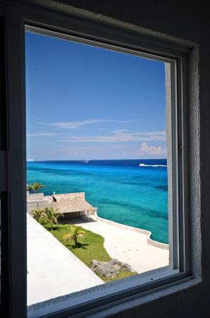 Miramar condo#401, 2bedroom 3 bathroom penthouse, BEST OCEAN VIEW IN THE BUILDING!