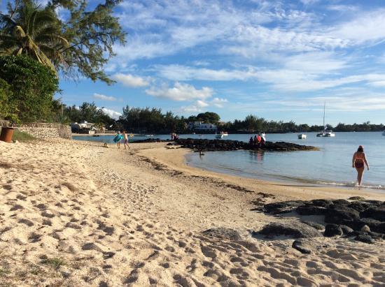 Grand Baie : правее пляжа