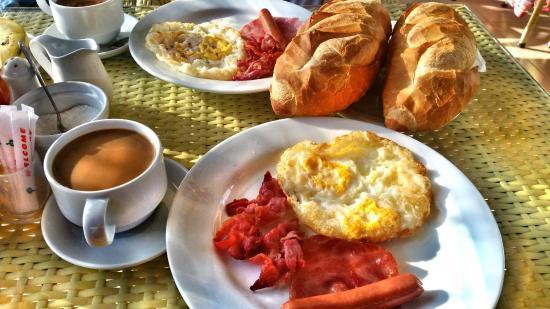 Elegant Inn: Yummy Breakfast