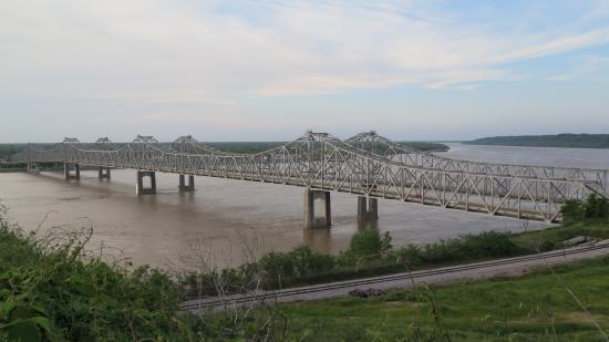 Hotel Vue : pont sur le Mississipi