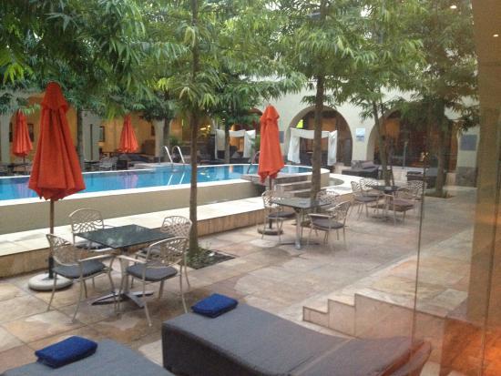 Protea Hotel Ikeja: Pool Area