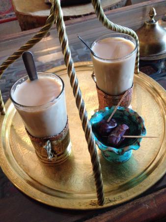 Salon de thé du centre culturel Pouya