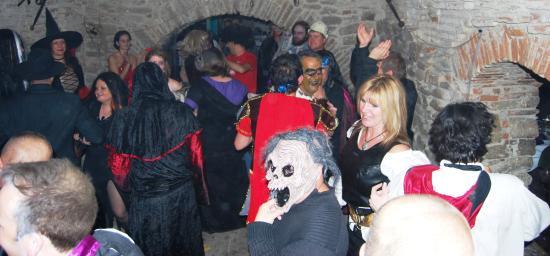 Transylvania Live Dracula Tours: Halloween Party In Romania, Sighisoara  Citadel, Draculau0027s Castle