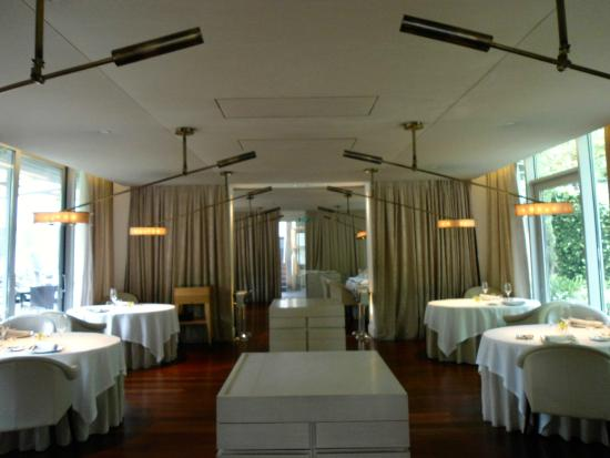 Restaurant picture of abac barcelona hotel barcelona - Hotel abac barcelona ...