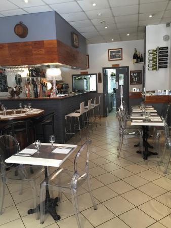 Bacchus Café