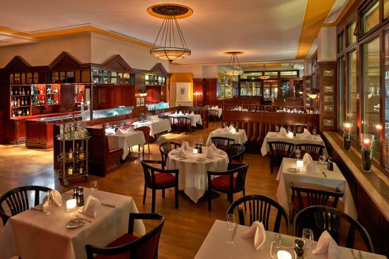 the 10 best restaurants near hilton berlin tripadvisor. Black Bedroom Furniture Sets. Home Design Ideas