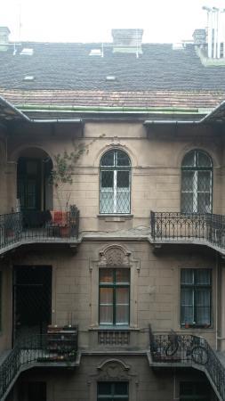 Welcome Budapest Apartments: Внутренний двор