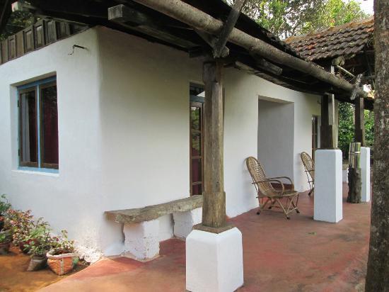 Golden Mist Plantation: Double Cottage