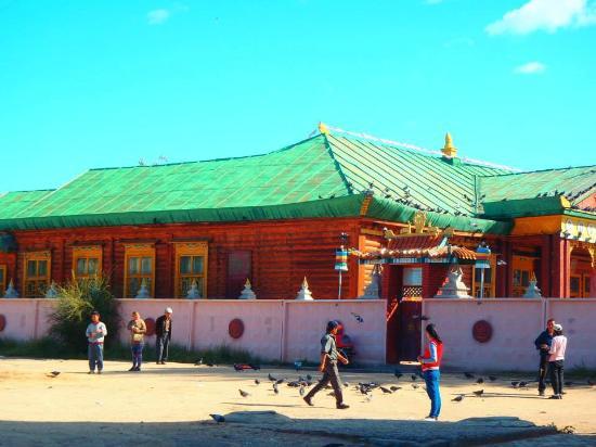 Darhan, Mongolia: Kharagiin Khiid Monastery