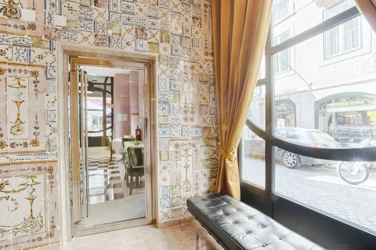 hotel lis baixa lisbonne portugal voir les tarifs 85 avis et 343 photos. Black Bedroom Furniture Sets. Home Design Ideas