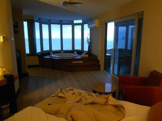 Zicht vanuit hotelkamer picture of limak lara de luxe hotel resort antalya tripadvisor for Hotelkamer
