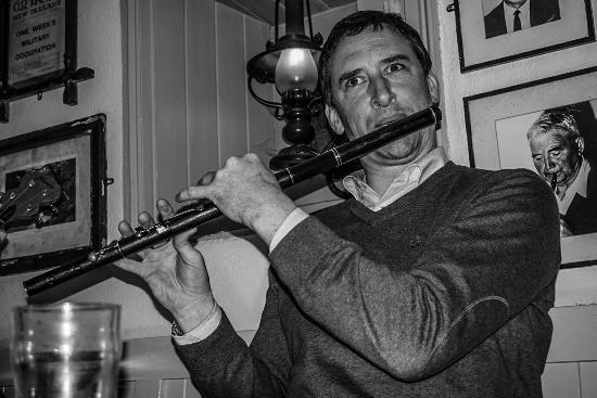 Larkin's Bar and Restaurant: Traditional Music Every Sunday Evening.