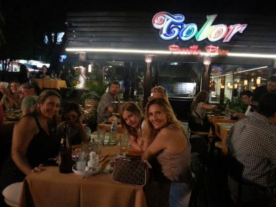 Pizza Color : Cena al aire libre