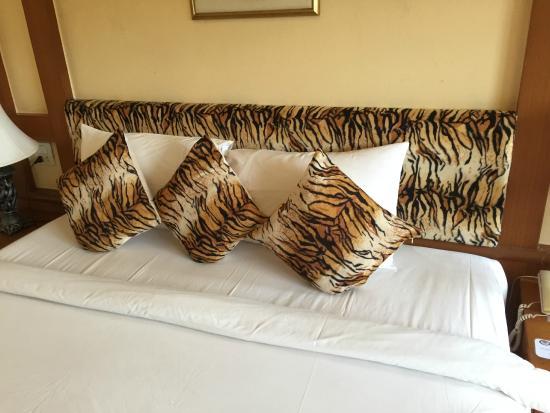 Tiger Inn : the bed again.