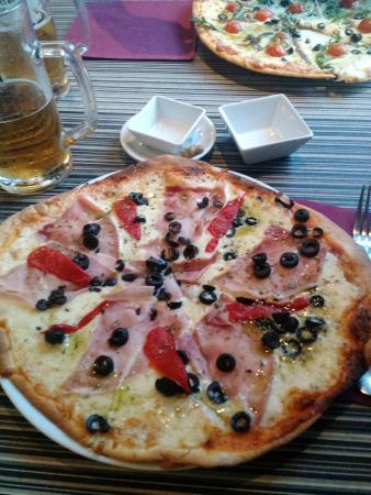 Pizzeria Pulcinella: pizza