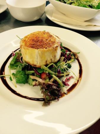 The Wheatsheaf Inn Restaurant: Goats cheese