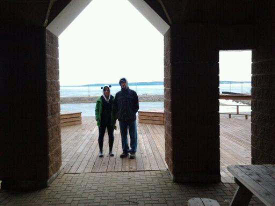 Leisure Inn Hotel : the view of the beach on Temiskaming Shores