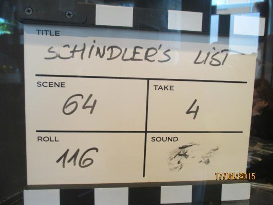 Au salon de coiffure picture of oskar schindler 39 s for 18 8 salon locations