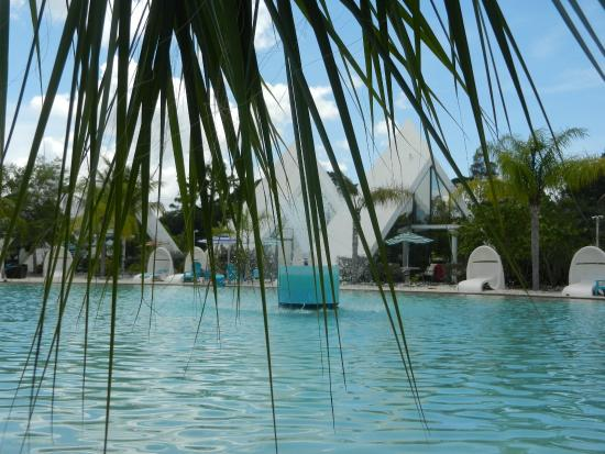 Pyramids in Florida: Blick über den Lake