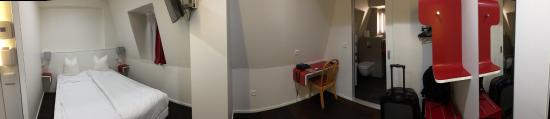Hotel Pax : Pano of the room