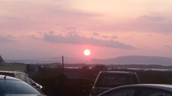Towers Hotel : A great start, sunset Glenbeigh 19/4/2015