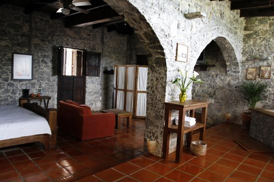 Habitaci n tapanco picture of la casa de piedra for Casa de piedra