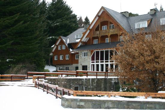 Photo of Hotel Tunquelen San Carlos de Bariloche