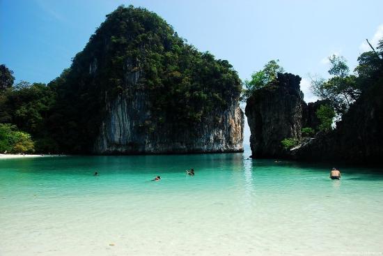 เกาะพีพีเล: phiphi