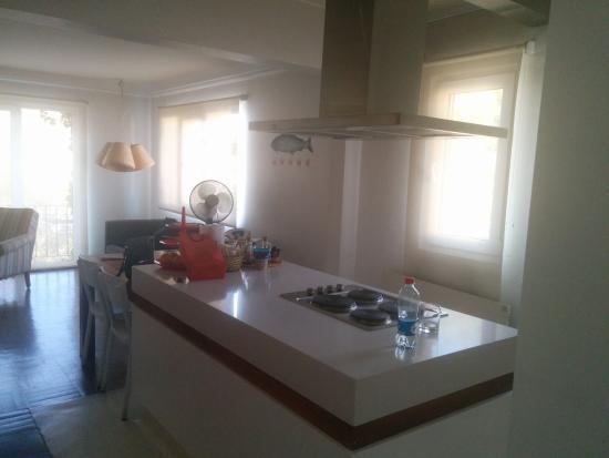 Departamentos Nice & Cool: sala e cozinha